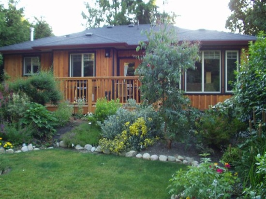 Wakefield Guest House - Sechelt Vacation Rental